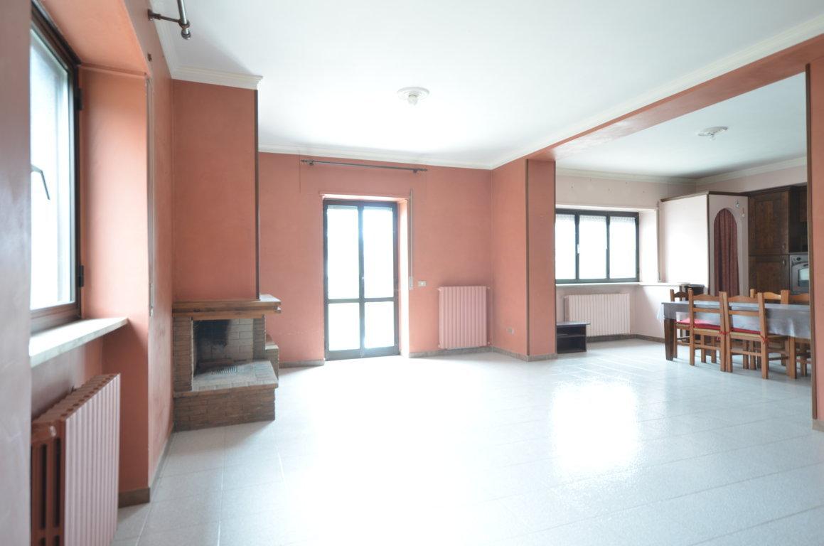 L'Aquila – Via Cippari (Rettilineo Civita Bagno) – Appartamento 135 mq